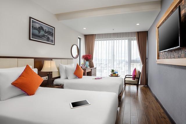 White Sand Boutique Hotel 3,5* Đà Nẵng- 5 phút đi bộ tới biển + có hồ bơi - 3