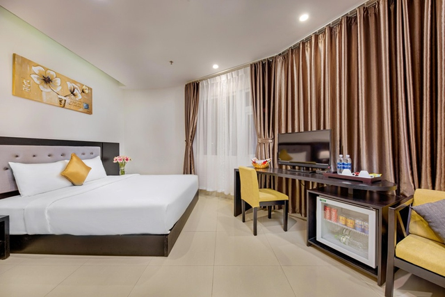 Golden Star Hotel 3,5* Đà Nẵng - Superior City View - 9