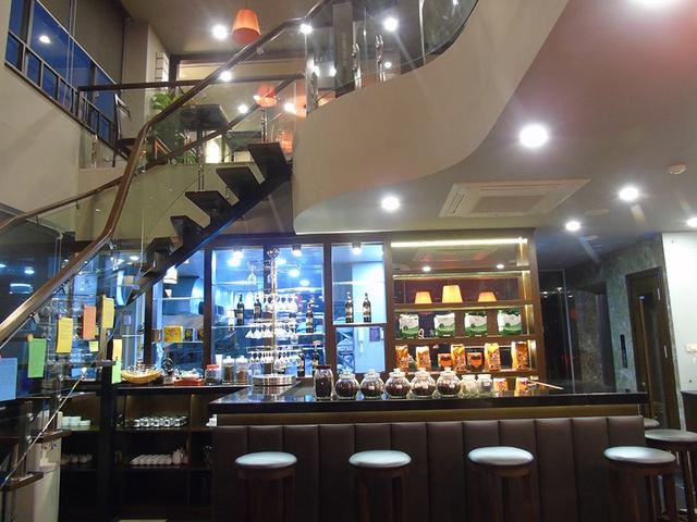 Phòng Standard Khách sạn Sinh Plaza Hotel đã bao gồm ăn sáng cho 2 người - 1