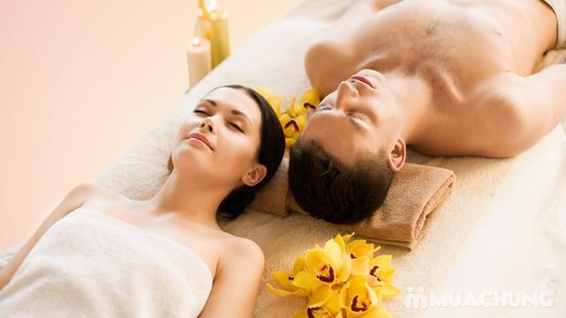 Massage trị liệu tẩy tế bào chết toàn thân tại Akira Clinic Spa - 3