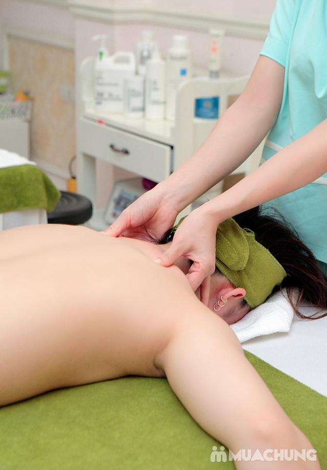 60 phút Massage cổ vai gáy, đả thông kinh lạc-Tặng 1 buổi Massage chân & đá muối - Golden Moon Spa - 20