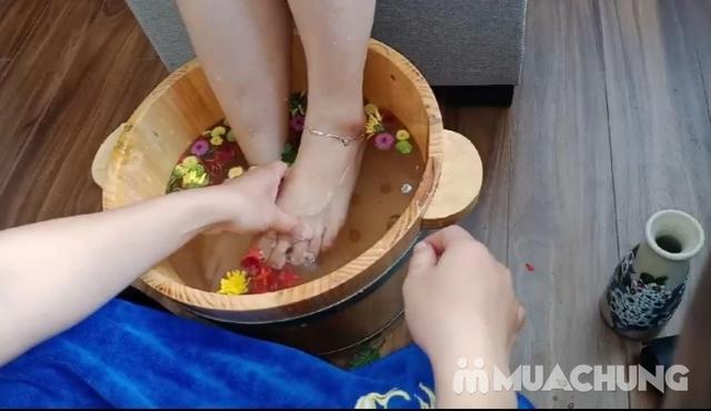 Massage kết hợp ngâm chân giúp mẹ bầu thư giãn tại nhà - Mama & Baby Spa  - 9