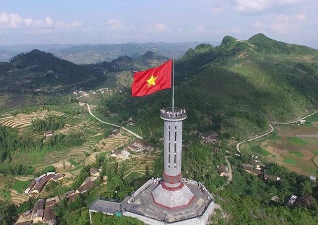 Hà Giang - Lũng Cú - Cao nguyên Đồng Văn 3N2Đ - 1