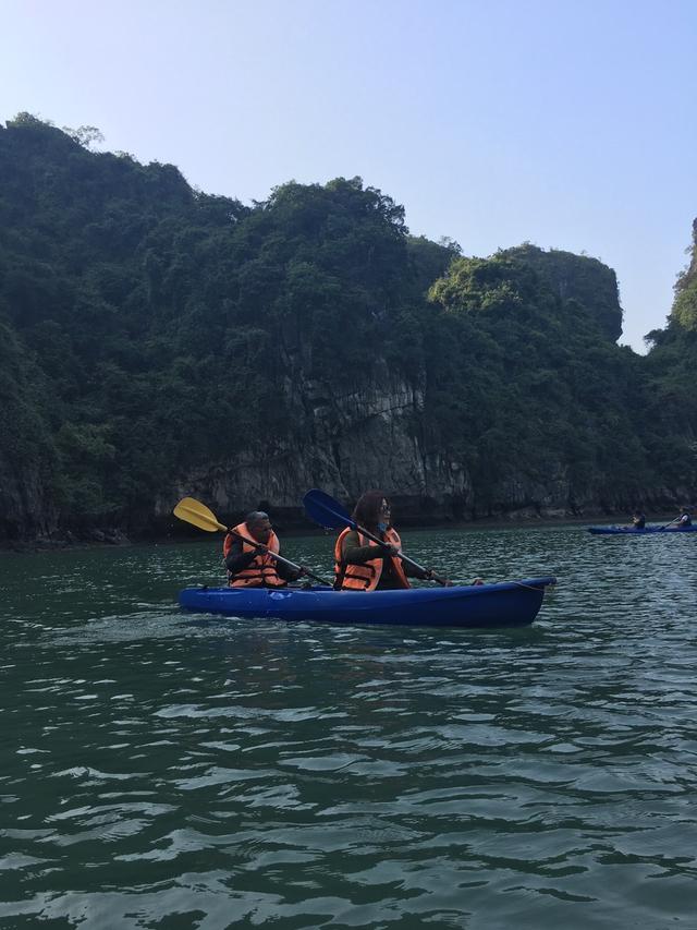 Hạ Long - Hồ Động Tiên - Làng Ngọc Trai 3N2Đ - 3