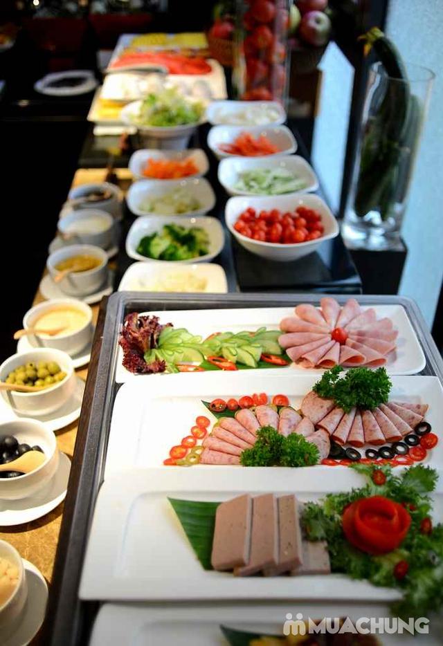 Buffet trưa nhiều món ngon, đặc sản dân tộc tại Khách sạn La Belle Vie - 9