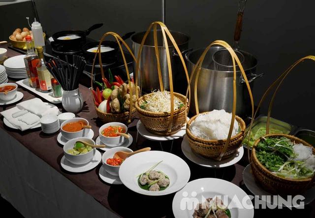 Buffet trưa nhiều món ngon, đặc sản dân tộc tại Khách sạn La Belle Vie - 14