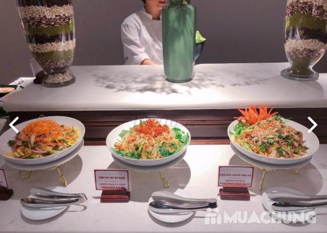 Buffet trưa nhiều món ngon, đặc sản dân tộc tại Khách sạn La Belle Vie - 34