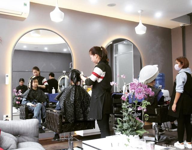 Dịch vụ Uốn tóc cao cấp tại Fasiya Salon 74 Trung Hoà - 3