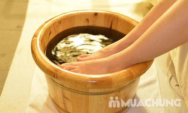 Combo 2 dịch vụ Massage chân +ngâm chân thảo dược tại Sun Spa - 11
