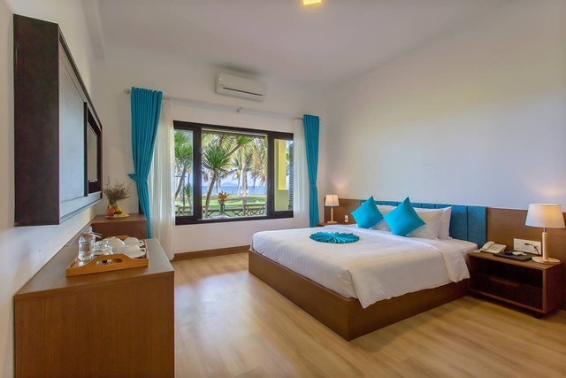 Tropical Beach Hội An Resort 4* - 17