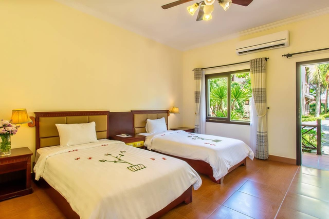 Tropical Beach Hội An Resort 4* - 1