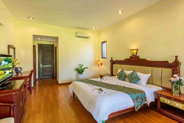Tropical Beach Hội An Resort 4* - 20