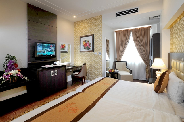 New Era Hotel & Villa 4*  - 8