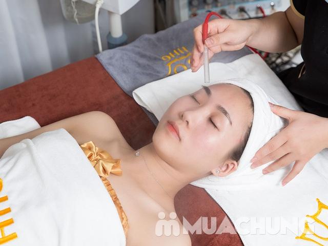 Chăm sóc da mặt chuyên sâu bằng mỹ phẩm Christina tại Viện thẩm mỹ Hoàng Gia - 9
