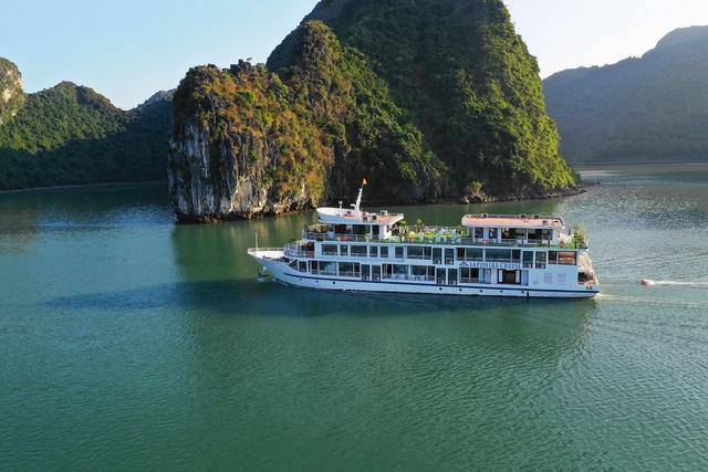 Hà Nội - Hạ Long 2N1Đ trên Du thuyền Sapphire - 2