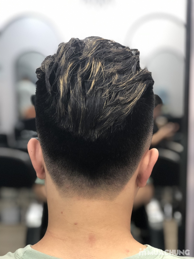 Cắt Tạo kiểu cho nam + Gội xả + Dưỡng + Cạo mặt nhẹ nhàng + Massage mặt tại Wind Hair Studio - 5