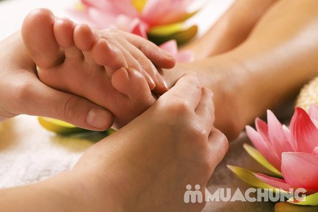 Massage body với tinh dầu đá nóng tại Sunrise Cosmetics &Spa - 5
