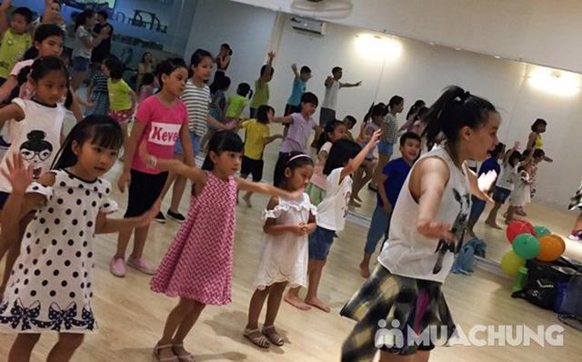 Khóa Học Zumba Kids 18 Buổi cho bé đón hè tại Âu Việt Zumba - 11