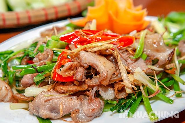 Mẹt Lợn Mán đầy đặn 8 món ngon hấp dẫn cho 04 người tại Nhà Hàng Hoa Ban Quán - 19