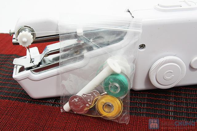 Máy khâu tay Handy Stitch - Tiện dụng trong may vá , thích hợp cho người phụ nữ hiện đại. Chỉ 85.000đ/ 01 chiếc - 3
