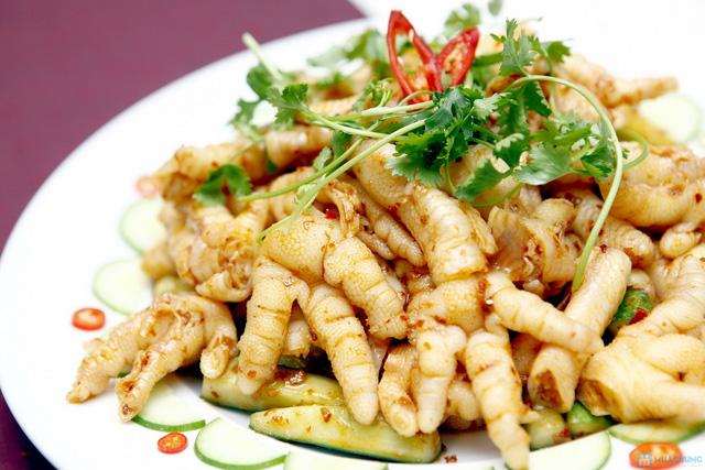 Buffet với các món ăn Hà Nội truyền thống tại Nhà hàng Thủy Tinh Cung - Khách sạn Bảo Sơn. Chỉ với 159.000đ - 5