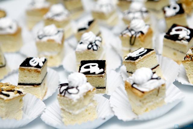 Buffet với các món ăn Hà Nội truyền thống tại Nhà hàng Thủy Tinh Cung - Khách sạn Bảo Sơn. Chỉ với 159.000đ - 4