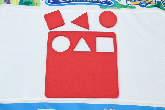 Thảm vẽ cho bé - 1