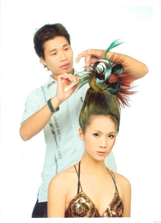 Cắt + Ép/ Nhuộm /Uốn tay, máy / + Hấp dầu tại salon tóc Hường Hà- Chỉ với 300.000 đ - 5