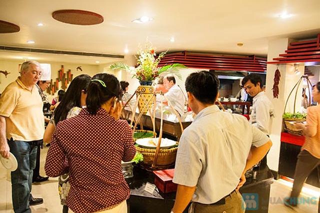 Buffet Gánh dành cho buổi trưa tại Khách sạn Bông Sen Quận 1 với hơn 40 món ăn đặc sắc 3 miền - Chỉ 319.000đ/ 1 người - 13