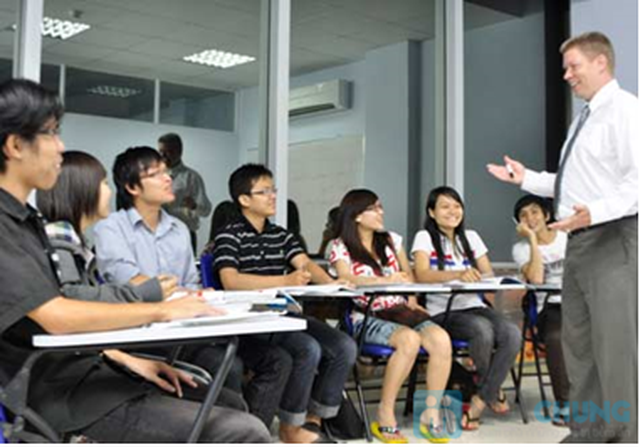 Khóa học giao tiếp thành thạo tiếng Anh tại BEC - 2