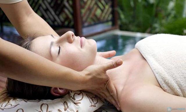 Massage mặt làm trắng sáng da, mờ vết thâm và chống lão hóa tại Lee Wedding & Spa - 2