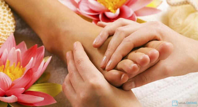 Massage chân tại Hà Chi Foot Massage - 1