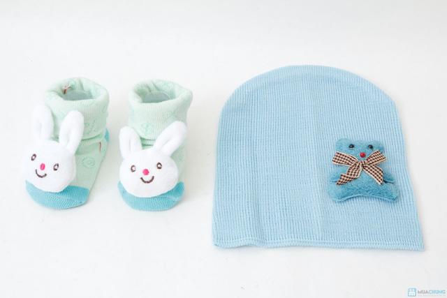 Combo tất 3D + mũ len - 3