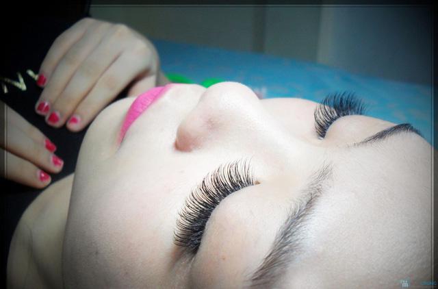 Nối mi 3D sợi tơ tằm công nghệ Hàn Quốc mới nhất Belle Hair & Spa - 3