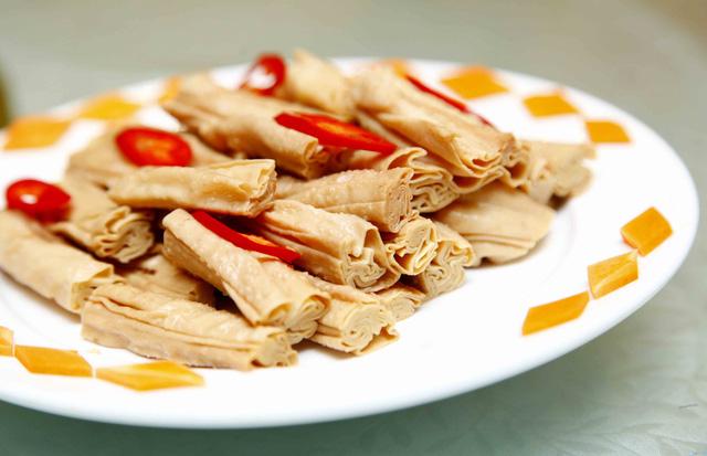 Set Lẩu bò kèm món nguội Trung Hoa 6 loại nước lẩu dành cho 4 người - 6