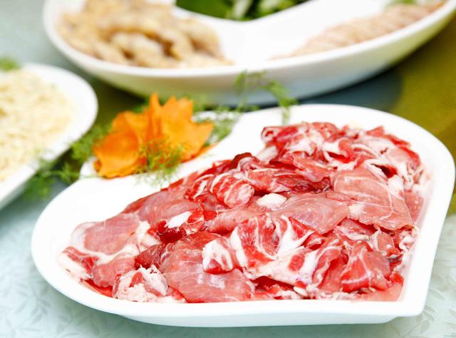 Set Lẩu bò kèm món nguội Trung Hoa 6 loại nước lẩu dành cho 4 người - 8