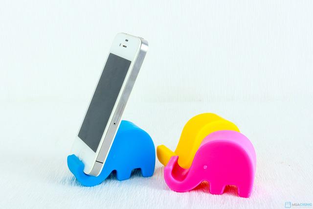 02 đế điện thoại hình chú voi dễ thương - 7