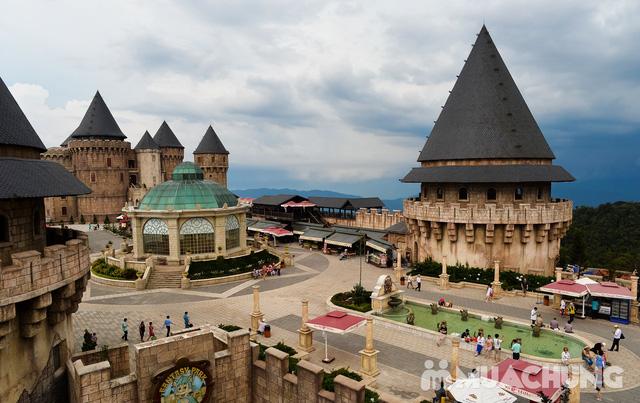 Tour du ngoạn Bà Nà - Núi Chúa 01 ngày do Công ty Vitours tổ chức - 1