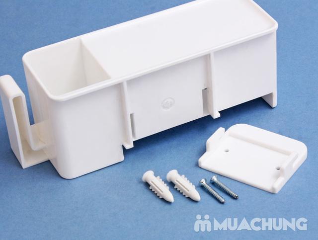 Dụng cụ treo bàn chải chống khuẩn giúp cho bàn chản luôn sạch sẽ, ngăn chặn vi khuẩn xâm nhập - 9