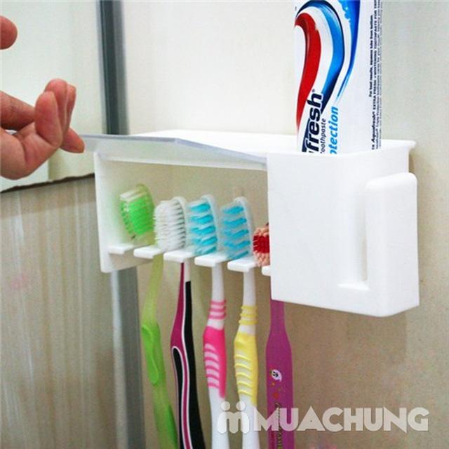 Dụng cụ treo bàn chải chống khuẩn giúp cho bàn chản luôn sạch sẽ, ngăn chặn vi khuẩn xâm nhập - 7