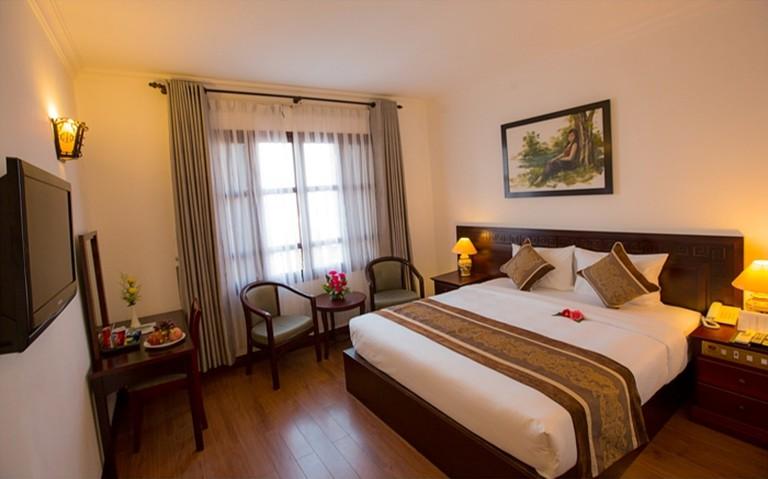 Khách sạn 4 sao Hội An Pacific - Phòng Superior City View cho 2 người kèm buffet sáng.