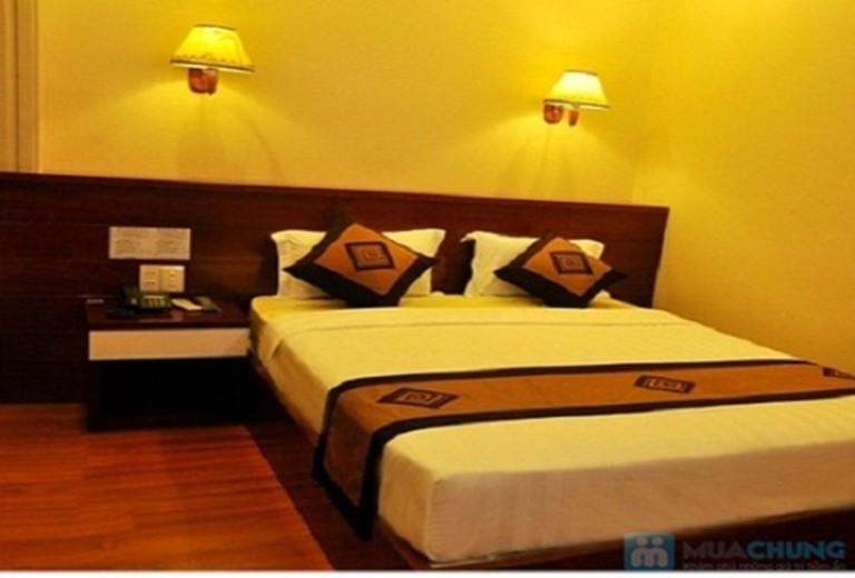 Khách sạn 2 sao Duna - Trung tâm Quận 1, Tp. Hồ Chí Minh. Phòng Superior cho 02 người bao gồm ăn sáng. Chỉ 400.000đ/đêm