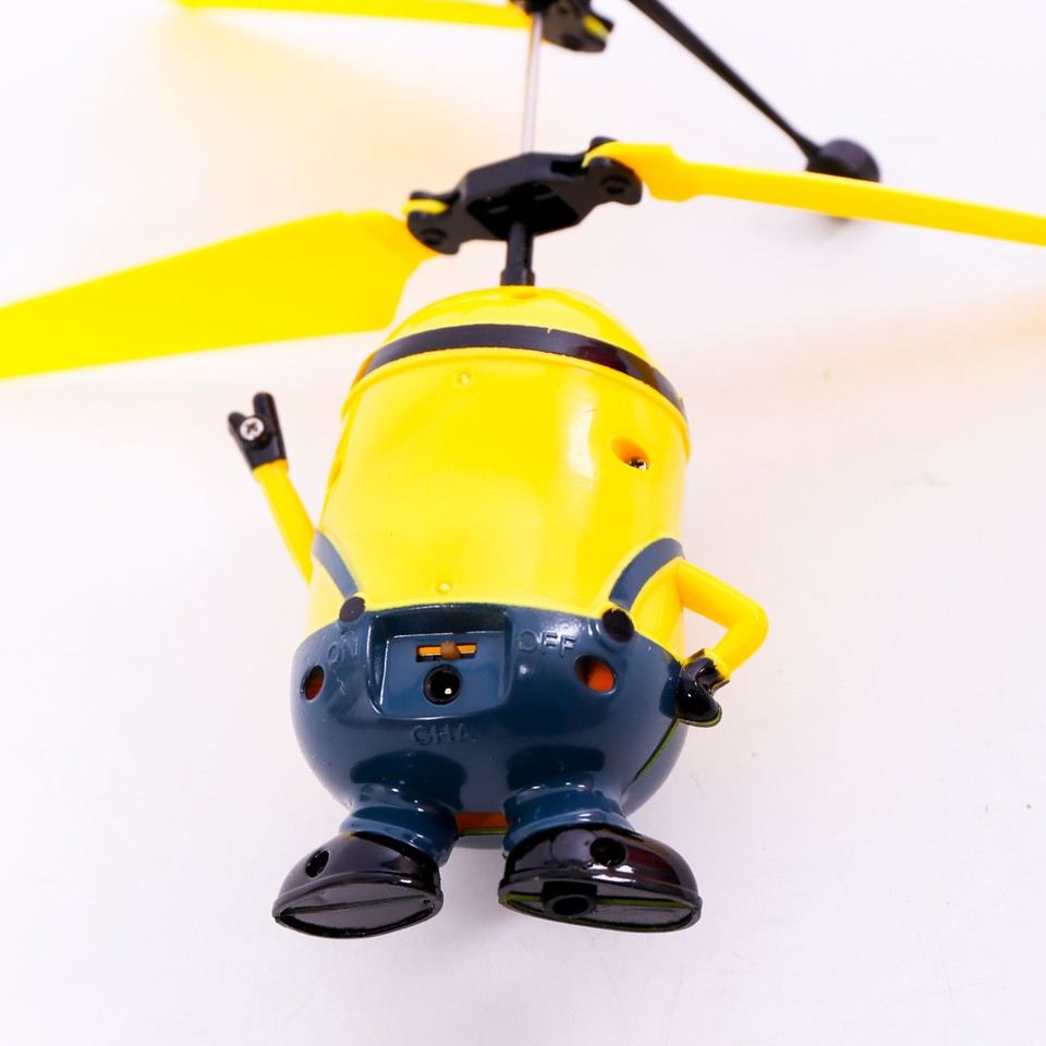 Bộ đồ chơi Minion bay 388 (109943)